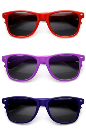 Rubber Finish Matte Finish Colorful Classic Horn Rimmed Sunglasses