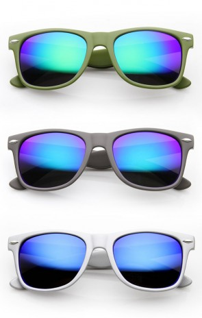 Classic Horn Rimmed Sunglasses with Flash Mirro Lens