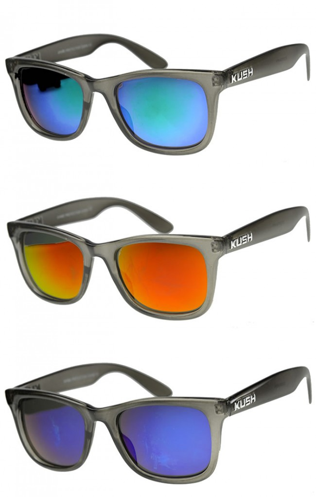 1d4a47b364 Mens Horn Rimmed Sunglasses With UV400 Protected Mirrored Lens · Zoom